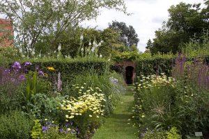 Garden Soc tour of Oak Cottage, Elmstead
